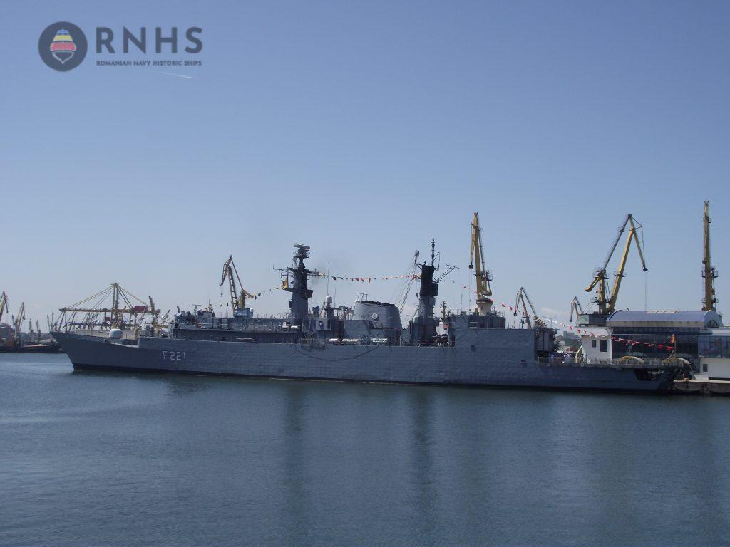 dotarea fortelor navale romane