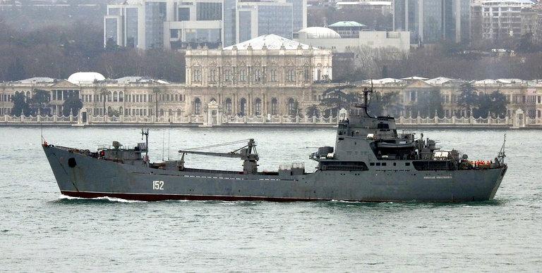 nava amfibie rusia